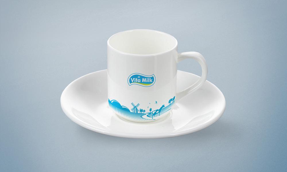 Логотип и фирменный стиль Milk Euro Food